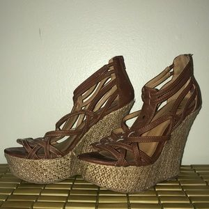 Shoes - SZ 7 BROWN WEDGES